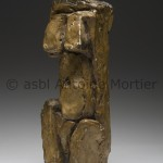 Figure ou petit bronze (ph. AM n°11) plâtre/ bronze, 33x12x9 monogramme AM. ex. artiste